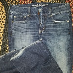 MAKE OFFER* AMERICAN EAGLE JEANS